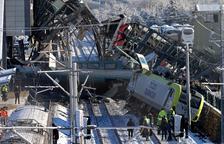 Nou morts al xocar dos trens a Turquia