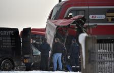 Al menos tres muertos al chocar un tren y un autobús escolar en Serbia
