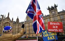 """Brussel·les insisteix a evitar un Brexit """"caòtic"""""""