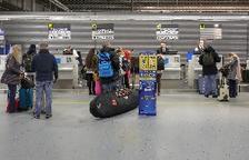 """Ryanair llança un milió de seients amb descomptes del 20% pel """"Blue Monday"""""""