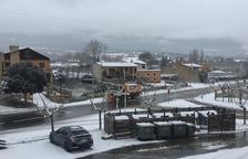 La neu afecta una desena de carreteres lleidatanes aquest dijous