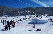 Més de 26.000 esquiadors després de la nevada, que deixa 1,5 metres de neu nova