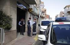 Detenido cuando atracaba a mano armada un banco en Albatàrrec