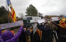 El trasllat dels presos a Madrid, preludi del judici per a la història al Suprem