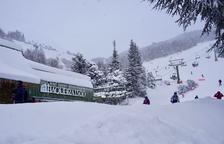 Imatge recent d'esquiadors a Baqueira.