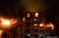 Deu morts i trenta-set ferits en un incendi intencionat a París