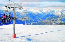 Esquiadors ahir a l'estació de Port Ainé, al Pallars Sobirà.