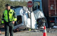 Cinc treballadors ferroviaris moren en un accident de cotxe a Utrera