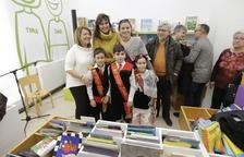 La consellera Borràs inaugura la remodelación de la Biblioteca municipal Domingo Espax d'Aitona