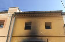 Intoxicades tres dones en un incendi d'habitatge a Preixens