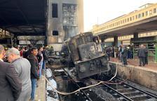 Tragèdia a Egipte a l'esclatar una locomotora