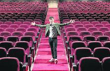 Antonio Díaz, el Mago Pop, compra el Teatre Victòria de Barcelona