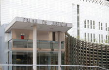 A judici per estafar més de 120.000 € a una tieta malalta