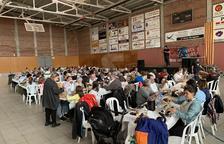 Dos-centes persones acudeixen a la calçotada popular de Juneda