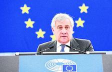 La Eurocámara critica duramente a Tajini por sus elogios a Mussolini
