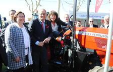 Rosa Maria Perelló, Joaquim Torra, Teresa Jordà, Marc Solsona i Poldo Segarra, al Saló del Tractor.