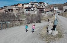 Un millón de euros para pavimentar el acceso a Taús, donde viven 12 vecinos