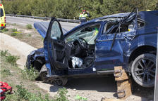 Tres heridos en aparatosas salidas de carretera en Corbins y en Cervera