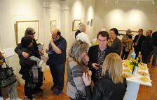 Torregrossa inaugura la exposición en La Capella dedicada a Benet Rossell