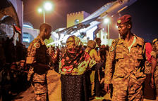 Exigen un gobierno civil a los sublevados de Sudán