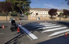 Trabajos de señalización en zonas escolares en Fraga