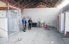 Habiliten un antic magatzem d'Adif per poder acollir animals abandonats