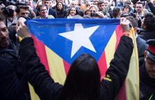 """Arrimadas, increpada a Vic, reivindica el seu partit com a garantia de """"llibertat"""""""