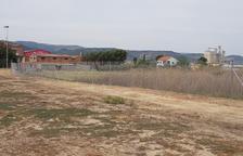 Fraga instala una valla en el campo municipal de 'bitlles'