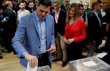 El PSOE guanya les eleccions amb 123 diputats
