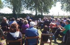 El cuarto Hort Poètic de Bellvís atrae a unos 40 asistentes