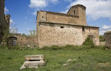 Torà elimina goteras en la iglesia protegida de Llanera