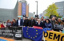 Puigdemont y Torra protestan por el veto de la JEC a la lista europea de JxCat en Bruselas