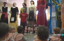 VÍDEO. Els alumnes de Fondarella s'endinsen al món geganter