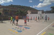 Alumnes de Camarasa ajuden interns d'un centre juvenil per a la seua reinserció