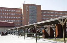Grave un hombre de 77 años al caer de un muro de dos metros en Montferrer i Castellbò