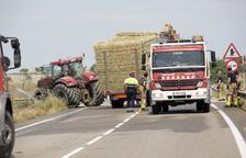 Muere el chófer de una furgoneta al chocar con un tractor en Guissona
