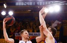 El Barcelona escombra el Saragossa i obre amb victòries les semifinals