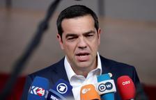 Tsipras adelanta los comicios a julio por la caída de Syriza