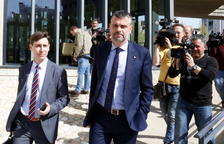 Santi Vila, al sortir del jutjat oscenc el 25 d'abril del 2018.