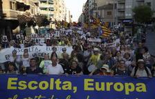 La manifestació va arrancar a la plaça del Treball i va acabar a la plaça d'Europa, amb parlaments.