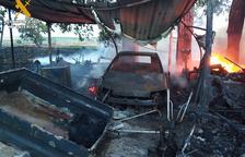 Salven dos gossos en una casa incendiada a Altorricó