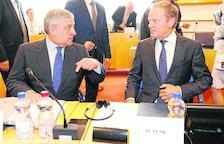 La UE no encuentra solución para el reparto de sillones