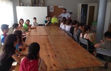 Una quincena de jóvenes en el campo de trabajo de Alcarràs
