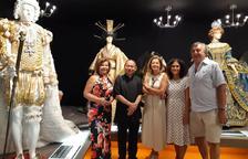 Mollerussa negocia portar una exposició de vestits de paper a la Xina