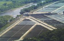 Vista de la piscifactoría de Peramola, una de las mayores de Europa.