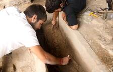La campaña de excavaciones en la Iesso de Guissona pone al descubierto un esqueleto de la época romano tardío
