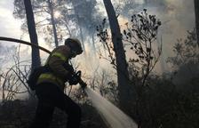 Los Bomberos de la Generalitat alertan de que el riesgo de incendio forestal continúa muy alto