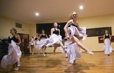 Guissona estrena esta noche 'Bachendansa', una ambiciosa fusión de la música de Bach con la danza contemporánea