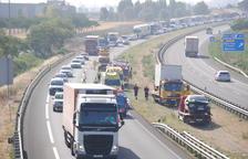 La comarca exigirà a Foment construir un tercer carril a la deteriorada A-2