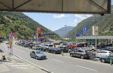 Andorra espera poner fin el jueves a las largas colas desde la frontera con Lleida